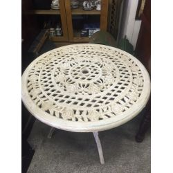 Round Rose Table