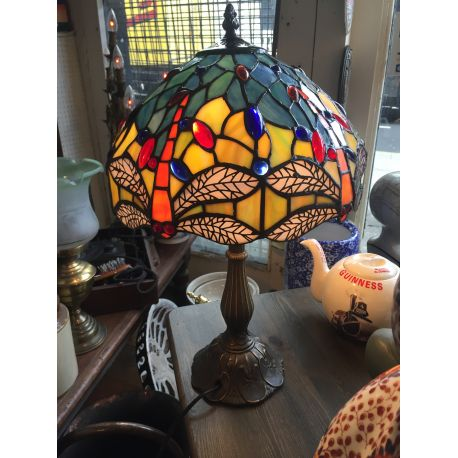 Tiffany Style Table Lamp With Dragon Fly Motif